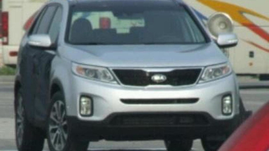 Kia Sorento facelift spotted virtually undisguised