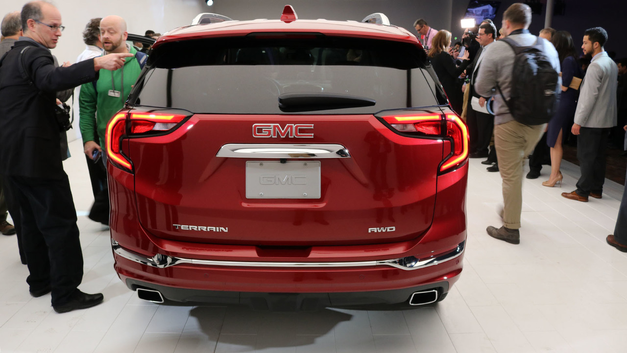 Gmc Terrain Amos >> The GMC Terrain's shifter is Worst In Show at Detroit ...