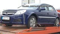 Opel Vectra mule spy photos