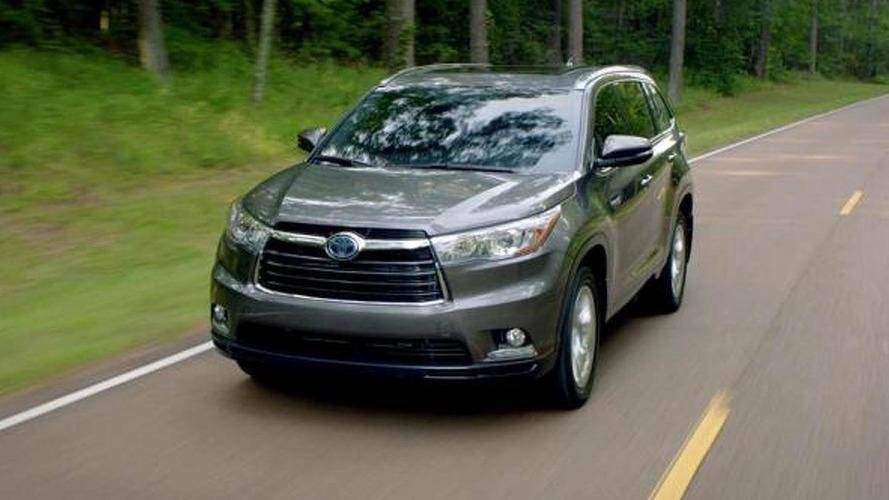 2014 Toyota Highlander Hybrid unveiled, returns 28 mpg city