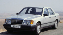 Mercedes-Benz sedan 124 series
