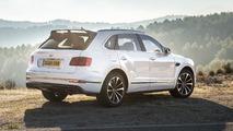 Bentley-Bentayga-rear