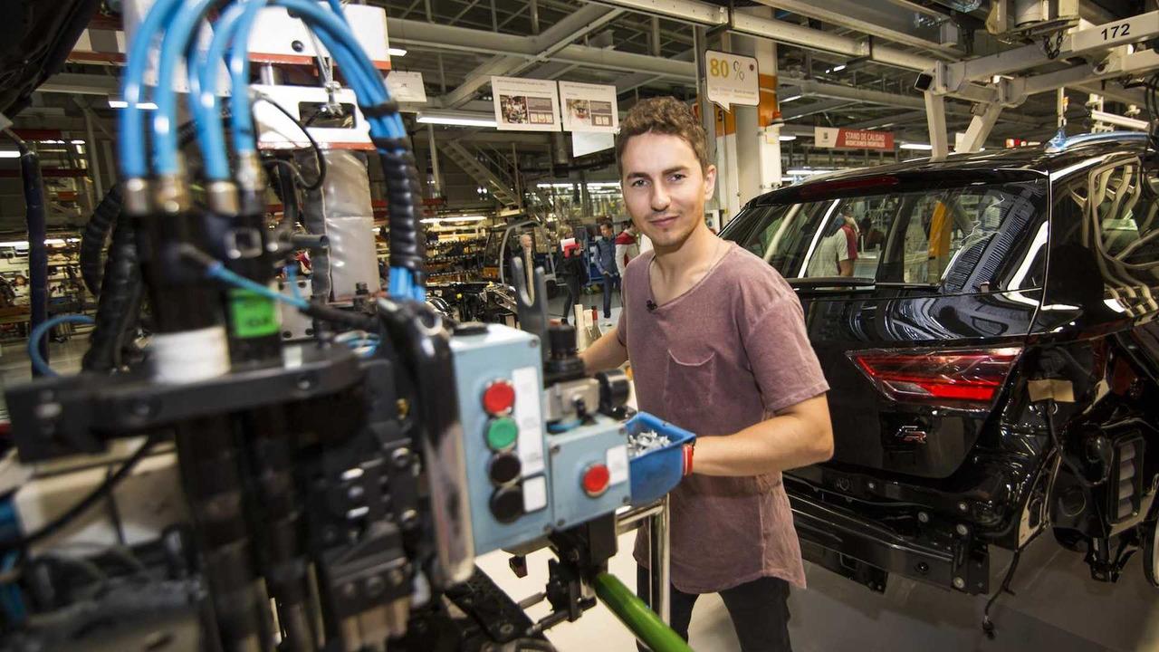 Jorge Lorenzo fabrica su SEAT León CUPRA