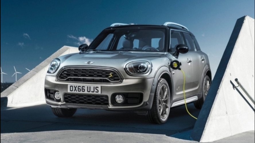 Nuova MINI Cooper S E Countryman ALL4, per la prima volta anche ibrida