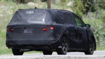 2017 Honda Odyssey spied again, ditches lightning bolt design