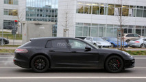 Porsche Panamera Shooting Brake spied for the first time