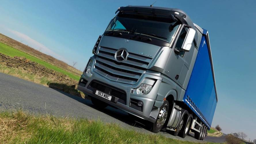 Government introduces new HGV tax rules to fight pollution