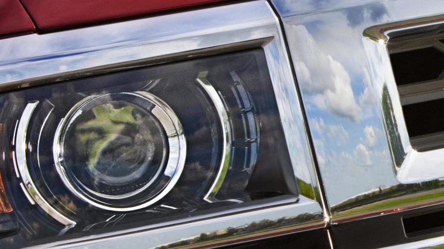 2014 Chevrolet Silverado 1500 teased, debuts in December