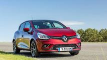 Renault Clio rojo