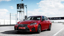 Lexus GS-F rojo
