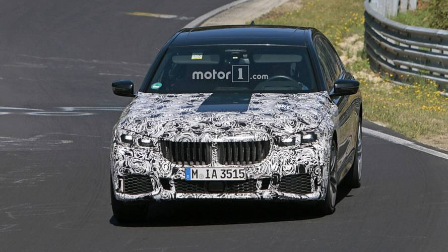 2019 BMW 7 Series Facelift Spied With Massive Grille