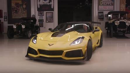 Chevy Corvette ZR1 Drops By Jay Leno's Garage