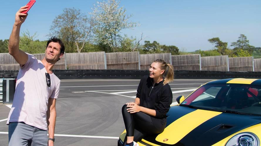 Mark Webber y Maria Sharapova, a los mandos del Porsche 911 GT2 RS