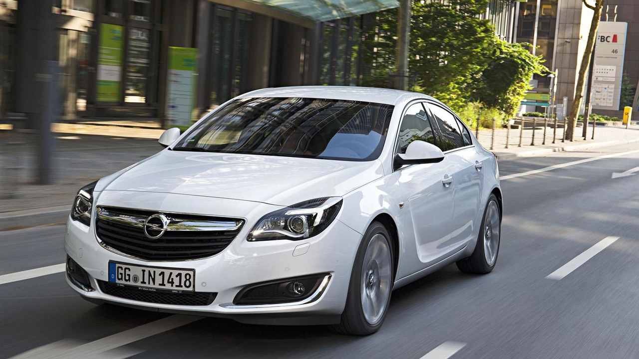 Opel Insignia with new 2.0 CDTI engine