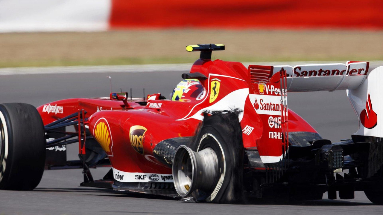 Felipe Massa with Pirelli tire puncture, British Grand Prix,  30.06.2013