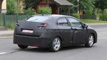 Next generation 2012 Honda Civic 5-door first spy photos 22.07.2010