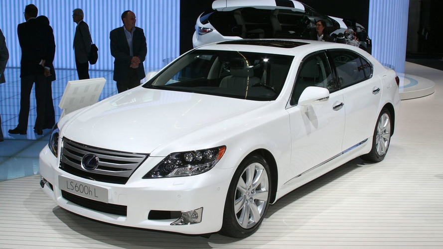 Lexus LS gets Technology & Styling Enhancements for 2010