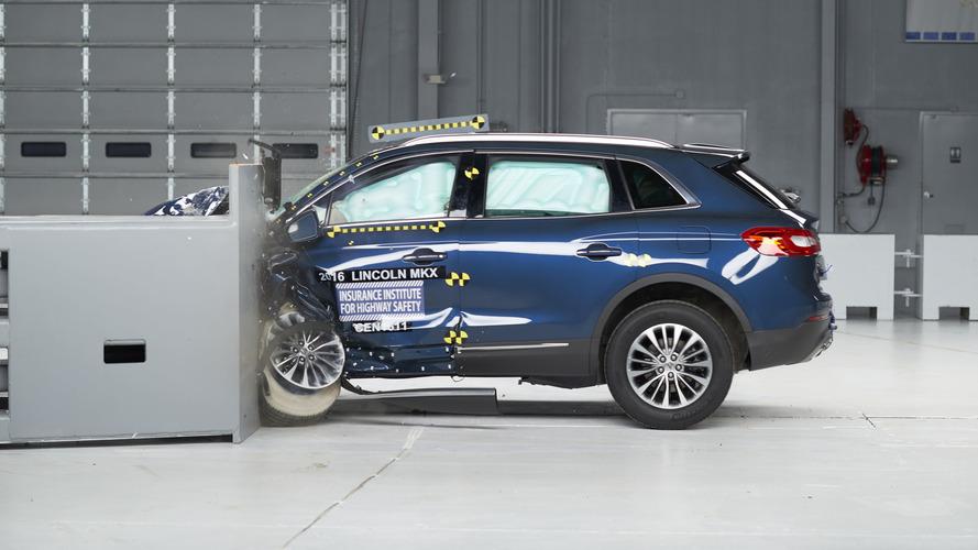2016 Lincoln MKX IIHS Crash Test