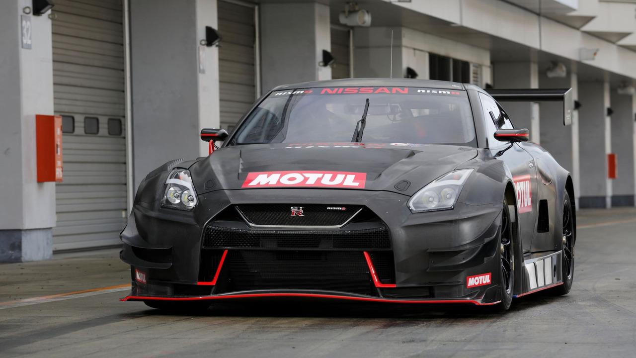 Nissan GT-R GT3 4