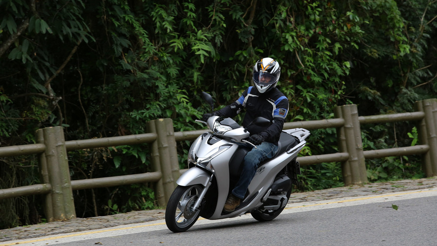 Volta rápida - Como anda a nova scooter Honda SH150i