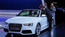 2013 Audi RS5 Cabriolet live in Paris 27.09.2012