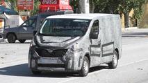 2015 New Renault Trafic spy photo