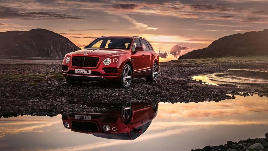 A világ legnagyobb fékrendszere lassítja elöl a V8-as Bentley Bentaygát