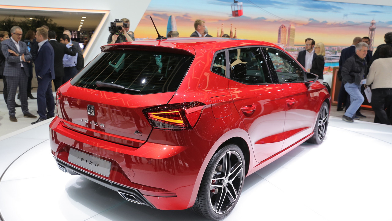 2017 seat ibiza debuts with sharp design full led headlights. Black Bedroom Furniture Sets. Home Design Ideas