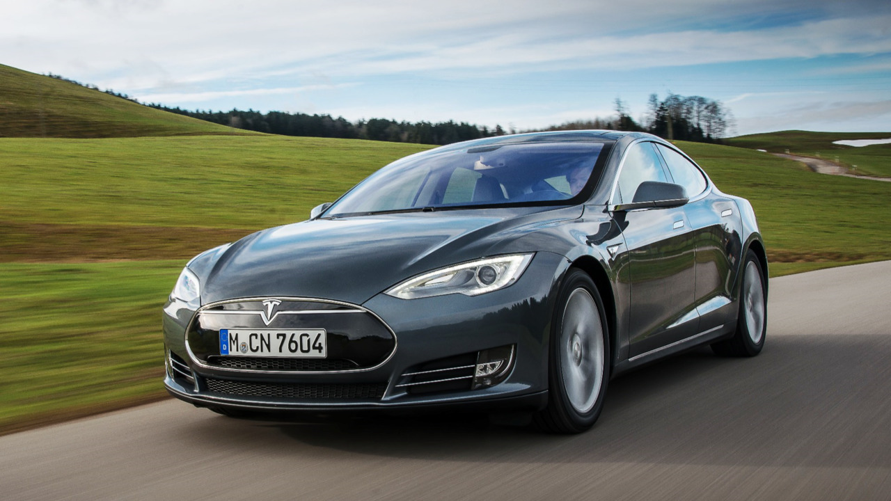 Tesla Autopilot crash may not have been fatal in Europe