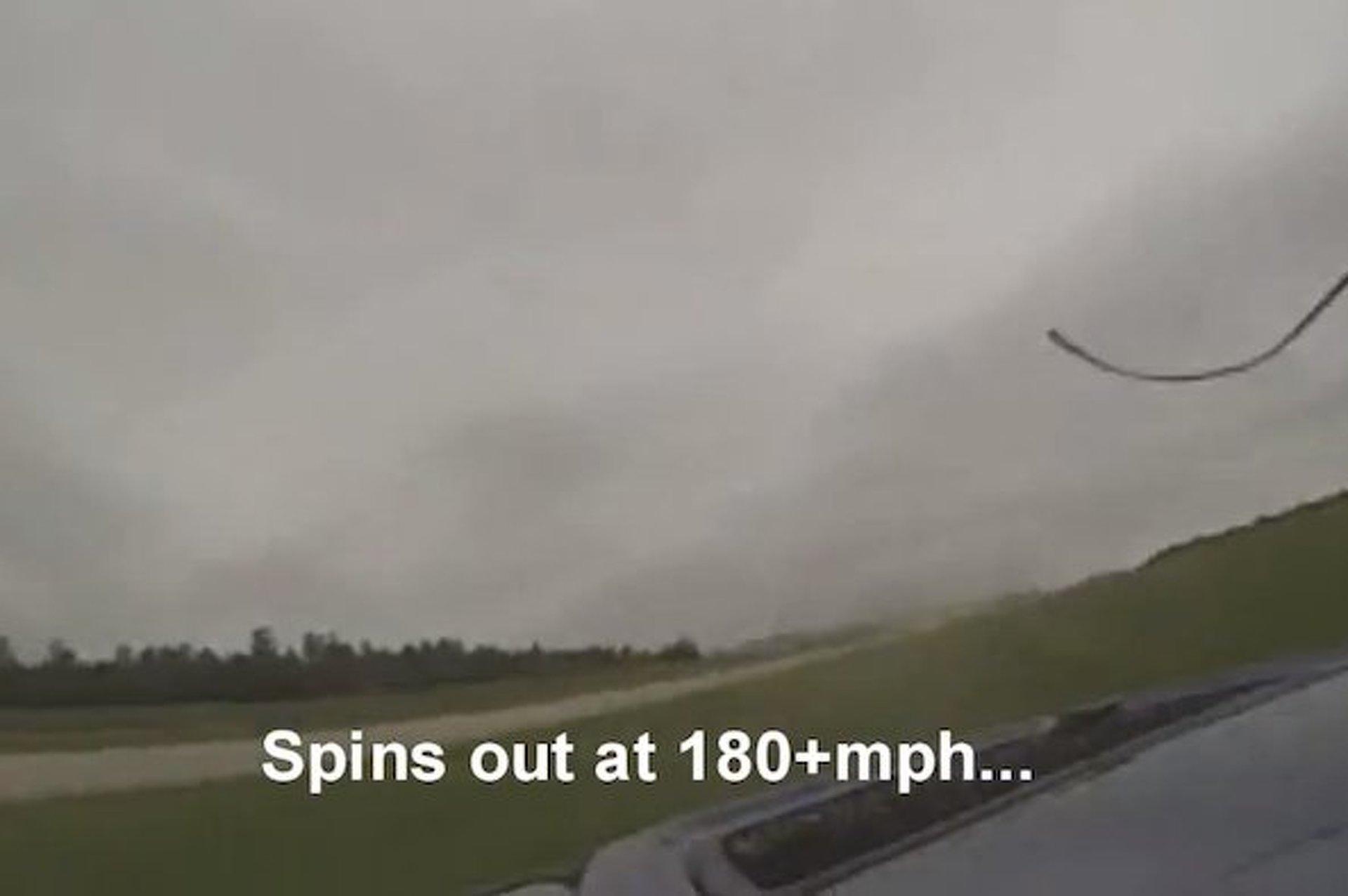 Mitsubishi Evo Crashes at 180 MPH, Drives Home [video]