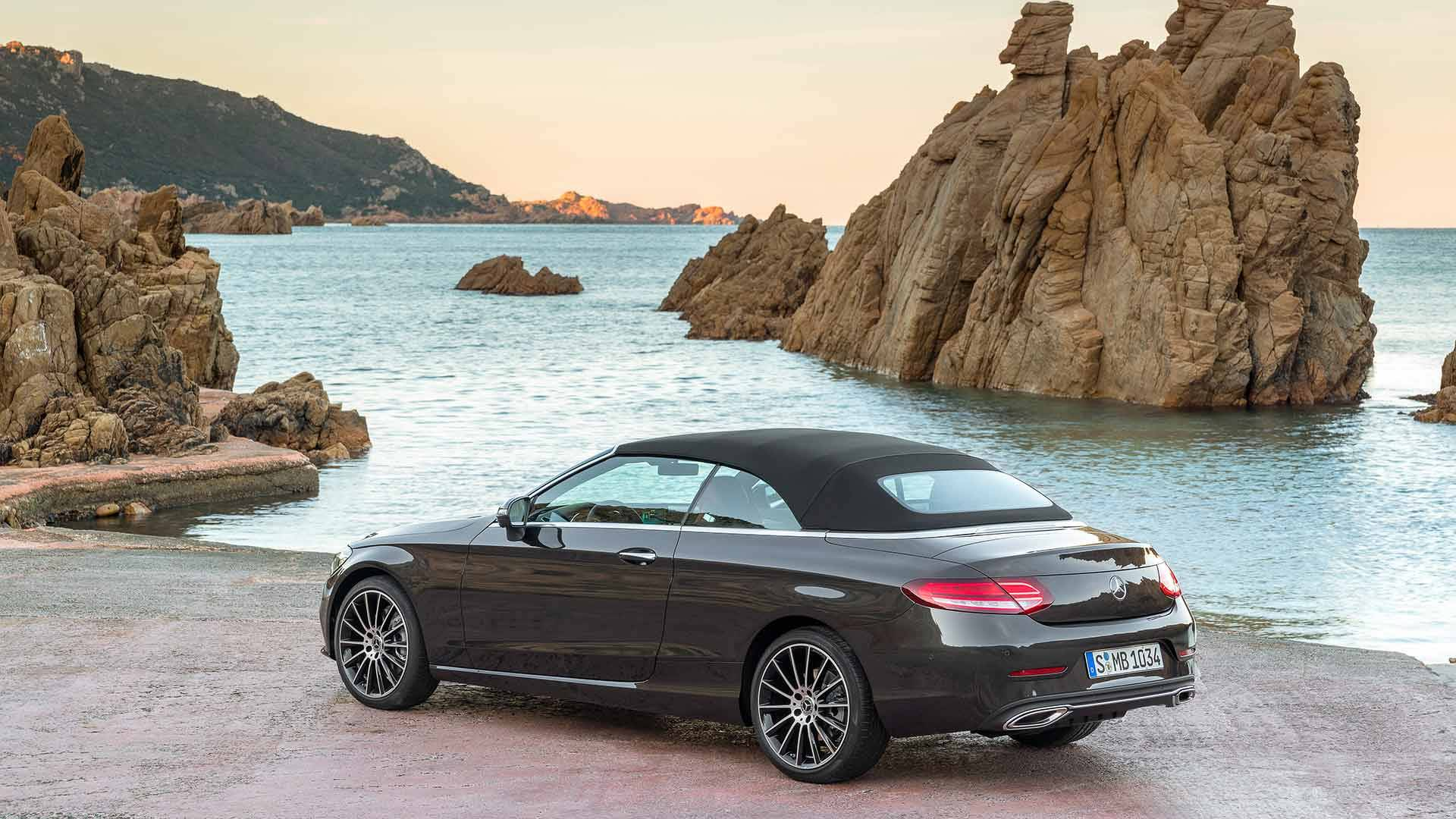 facelifted 2019 mercedes benz c class coupe and cabriolet 2019 mercedes amg c43. Black Bedroom Furniture Sets. Home Design Ideas