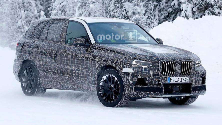 BMW X5 M Spied Creating SUV Snow Clouds In Winter [UPDATE]
