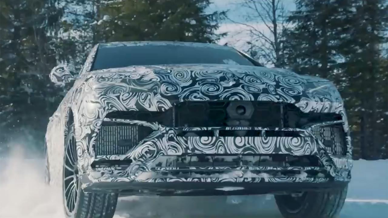 Lamborghini Urus, il video teaser nella neve