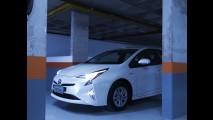 Teste CARPLACE: Futurista e mega eficiente, novo Toyota Prius é o Corolla de amanhã