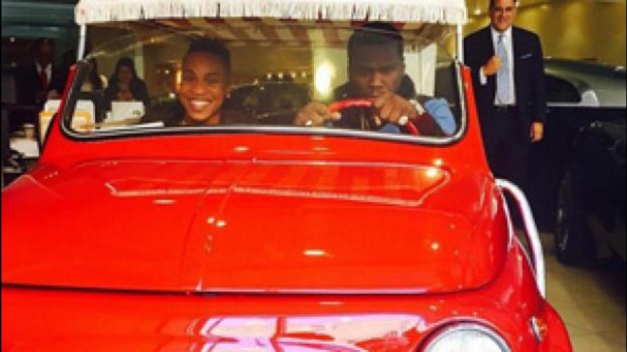 50 Cent al volante di una Fiat 500