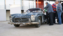 Greek city auctions off a 1960 Mercedes 300 SL