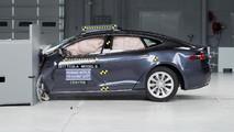 Tesla Model S Crash Test IIHS