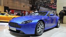 Aston Martin V8 Vantage S live i Geneva - 01.03.2011