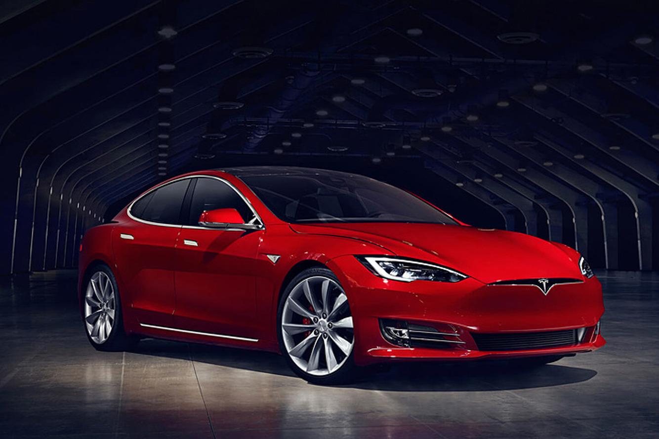 Vidéo - Des chercheurs sont parvenus à pirater une Tesla !