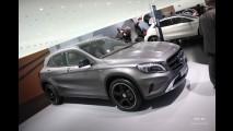 Mercedes-Benz GLA será mostrado no Brasil nesta terça à noite
