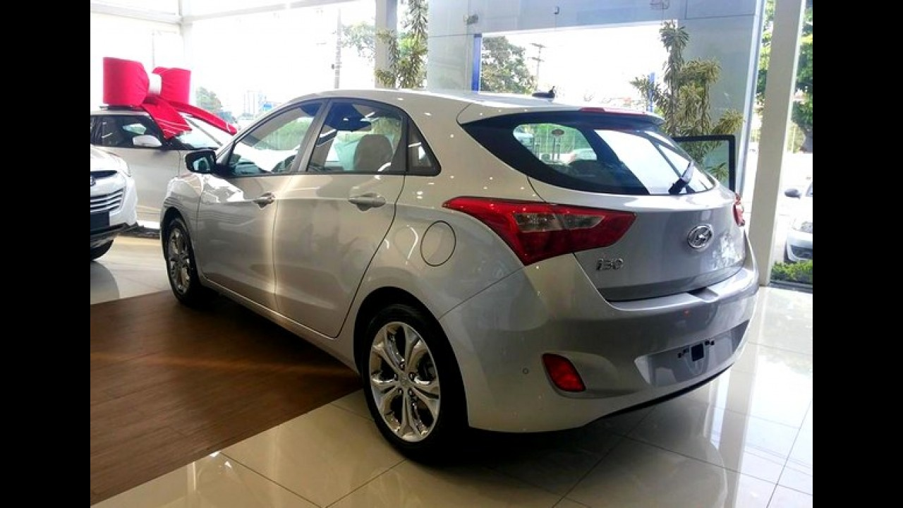 Oficial: Hyundai i30 ganha novo motor 1.8 - preço parte de R$ 71,9 mil