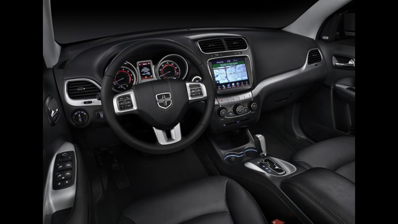 Dodge Journey 2012 chega em outubro com novo motor e preços a  partir de R$ 110.000