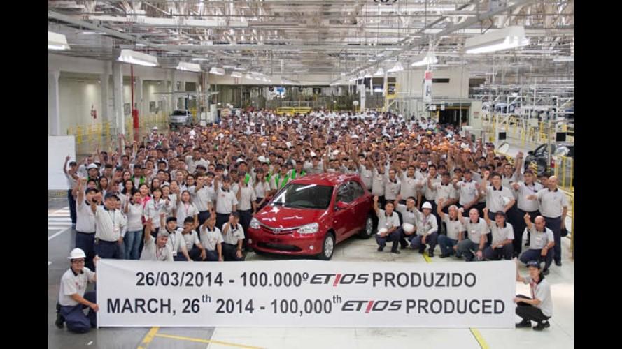 Toyota Etios chega a marca de 100 mil unidades produzidas no Brasil