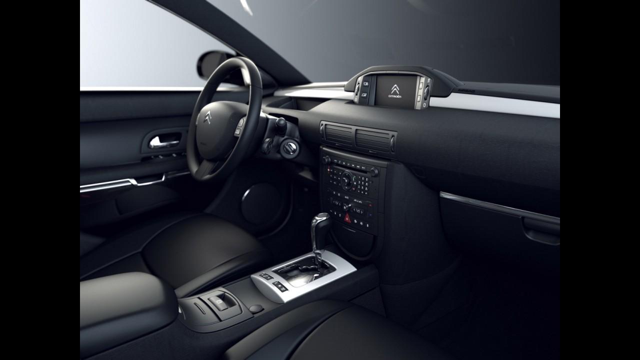 Fim de linha: Citroën encerra oficialmente produção do topo-de-linha C6 na França