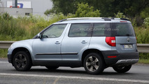 2014 Skoda Yeti facelift spy photo 10.07.2013