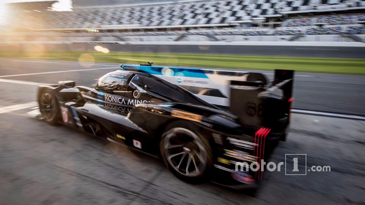 #10 Wayne Taylor Racing Corvette DP: Ricky Taylor, Jordan Taylor, Max Angelelli, Jeff Gordon
