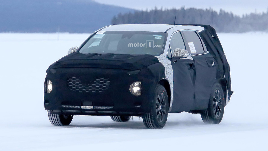Next Hyundai Santa Fe Spy Photos
