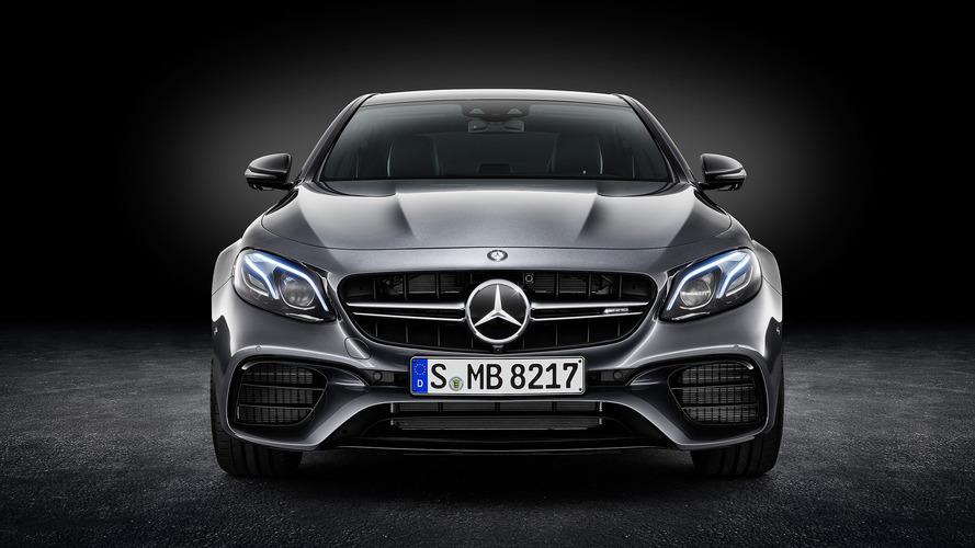 Mercado premium – Mercedes amplia vantagem sobre BMW em 2017