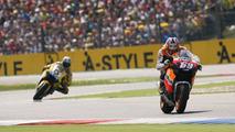 2006: Nicky Hayden, Repsol Honda Team y Colin Edwards, Yamaha Factory Racing