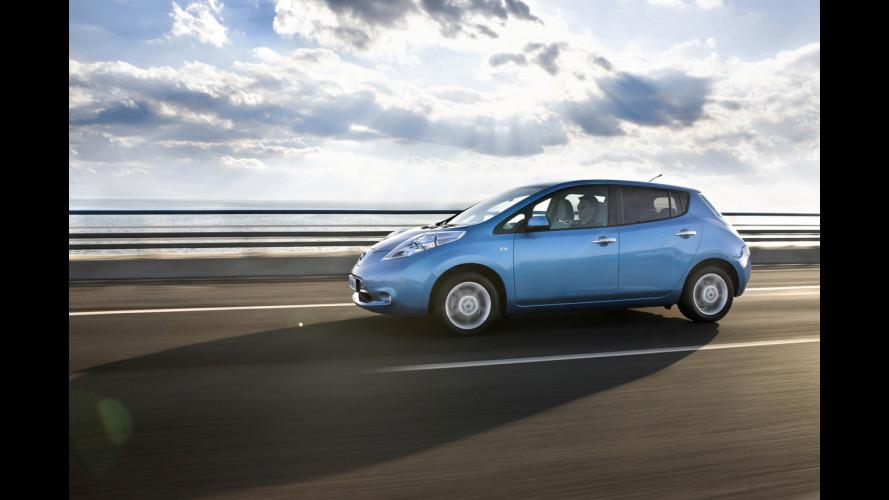 Nissan sperimenta l'assistenza all'auto elettrica